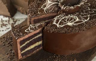Parmê comemora páscoa com lançamento de torta para a data