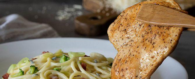Spaghetti com frango no Spoleto